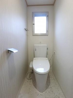 窓付きトイレ