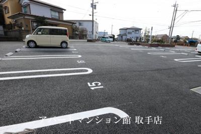 【駐車場】ハッピークローバーⅡ