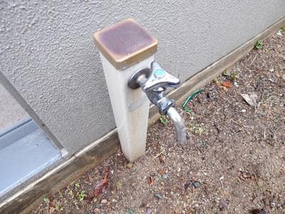 専用庭に散水栓があります!