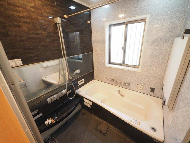 【浴室】久喜市栗原4丁目 中古一戸建て