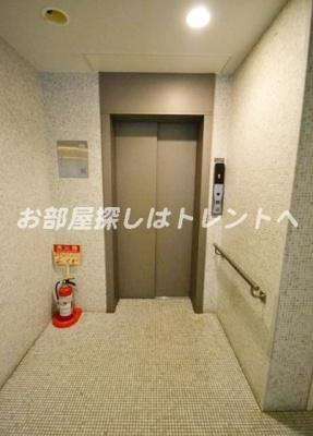【ロビー】パークホームズ新宿若松町