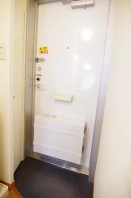 【玄関】レオパレスマノワール