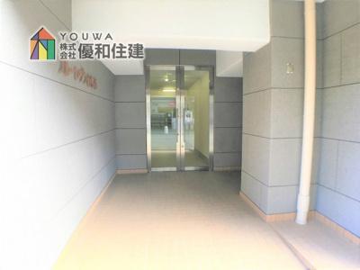 【玄関】フルーレゾン西明石