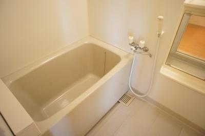 【浴室】メゾネットたつみ