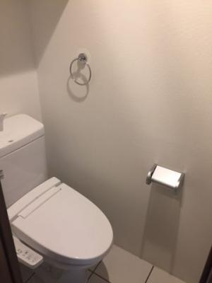 同間取りの別のお部屋です。