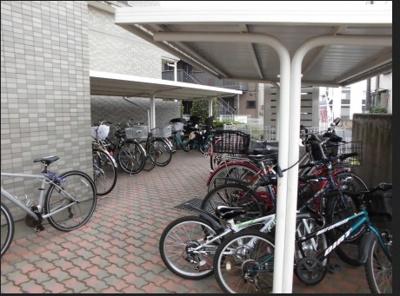 ソイ・コート幕張の駐輪場