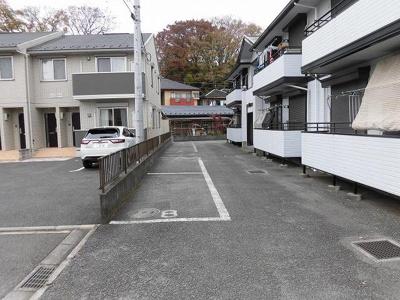 【駐車場】パークサイドヴィラ