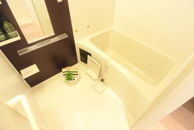 【浴室】セレニテ新大阪カルム