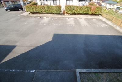 【駐車場】ベリークレセント