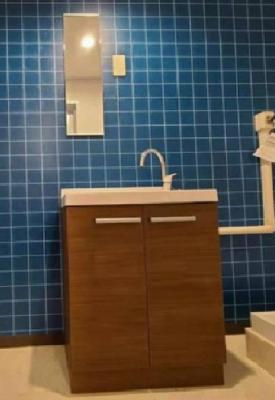 朝の身支度には欠かせない独立洗面化粧台です!