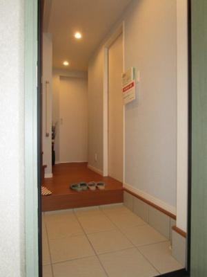 【玄関】メロディーハイム守口Suite