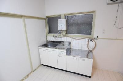 【キッチン】南恩加島三丁目テラスハウス