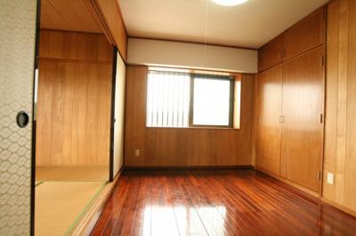 【洋室】真栄城マンション