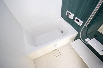 浴室乾燥機&追焚機能&浴室テレビと贅沢な仕様