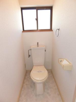 トイレに窓があるのも嬉しいポイントですね