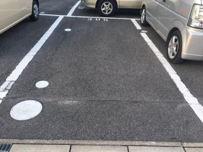 【駐車場】トモエマンション