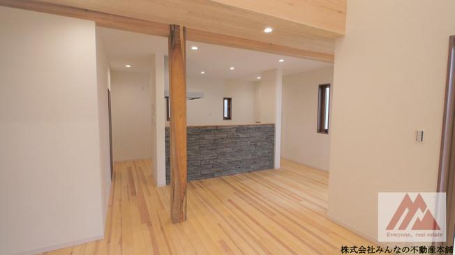 【居間・リビング】建築会社自慢の 真木町新築建売