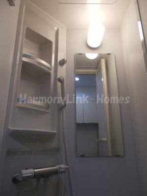 ソフィアバードのきれいなシャワールームです
