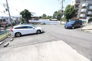 【駐車場】六甲桜ヶ丘ハイツ