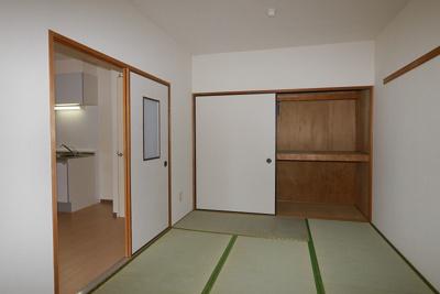 グリーンビュー祇園102号室