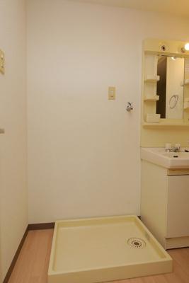 グリーンビュー祇園102号室 洗濯置き場