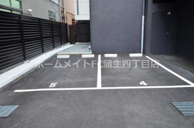 【駐車場】アドバンス大阪フェリシア