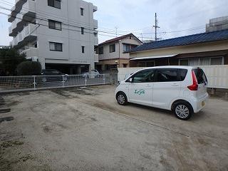 【駐車場】朝生田町佐藤貸家