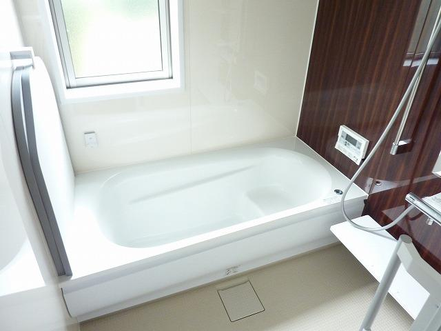 【浴室】久留米市津福今町戸建