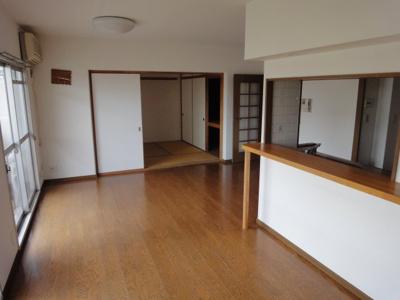 【居間・リビング】パークヒルズくすのき中央第9号棟 4階