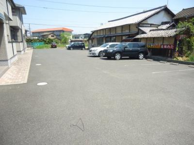 【駐車場】ソレイユ B棟