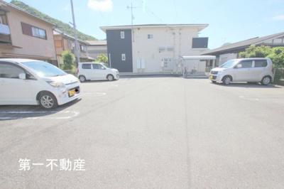 【駐車場】ノッティングヒルコートF