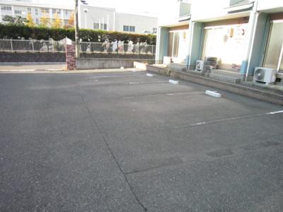 【駐車場】リバージュ青山東