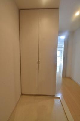 【玄関】ニューシティアパートメンツ新川Ⅱ