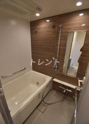 【浴室】ローレルタワールネ浜松町