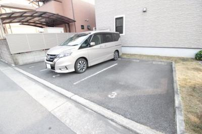 【駐車場】ルナグランデ