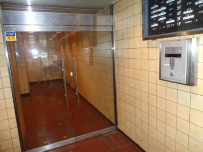 【エントランス】ライオンズステーションプラザ新中野
