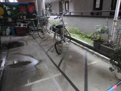 日々の暮らしに便利な駐輪場です