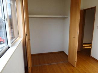 子供部屋1クローゼット(南東側)
