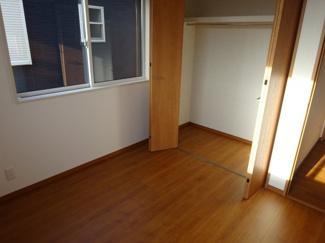 子供部屋2クローゼット(南西側)