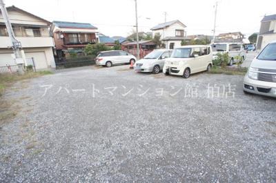 【駐車場】須賀ハイツ