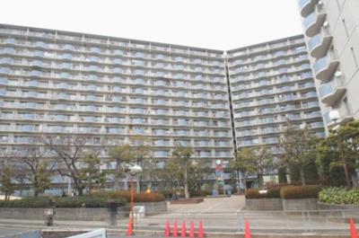 ◎JR 大阪メトロ「鴫野駅」まで徒歩11分!!2沿線利用可能な好立地です♪ ◎放出小学校が301m徒歩3分!!新一年さんにも安心な距離ですね♪ ◎周辺施設充実で生活至便な環境です♪