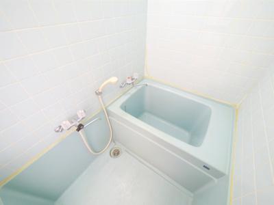 【浴室】ヴィラ渡辺