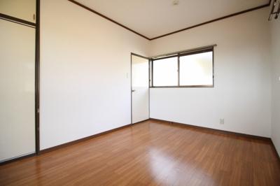 【寝室】小若邸
