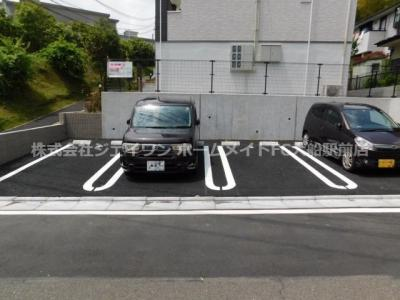 【駐車場】ルアナ
