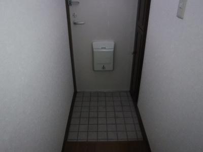 【玄関】ハイツナカヤマ