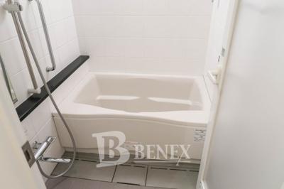 日神デュオステージ新宿若松町のお風呂です