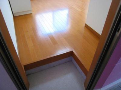 シエスタミントのシンプルで使いやすい玄関です(別部屋参考写真)