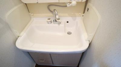 一階の洗面所