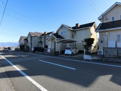 【前面道路含む現地写真】南アルプス市飯野新田戸建住宅