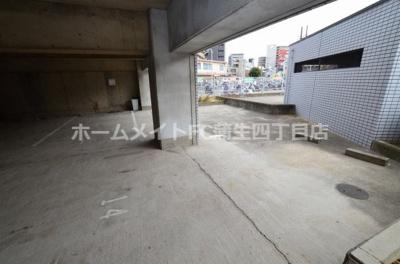 【駐車場】ラ・レジダンス・ド京橋